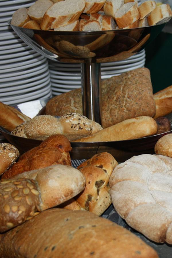 catering Van Marwijk Nijmegen Arnhem Elst brood